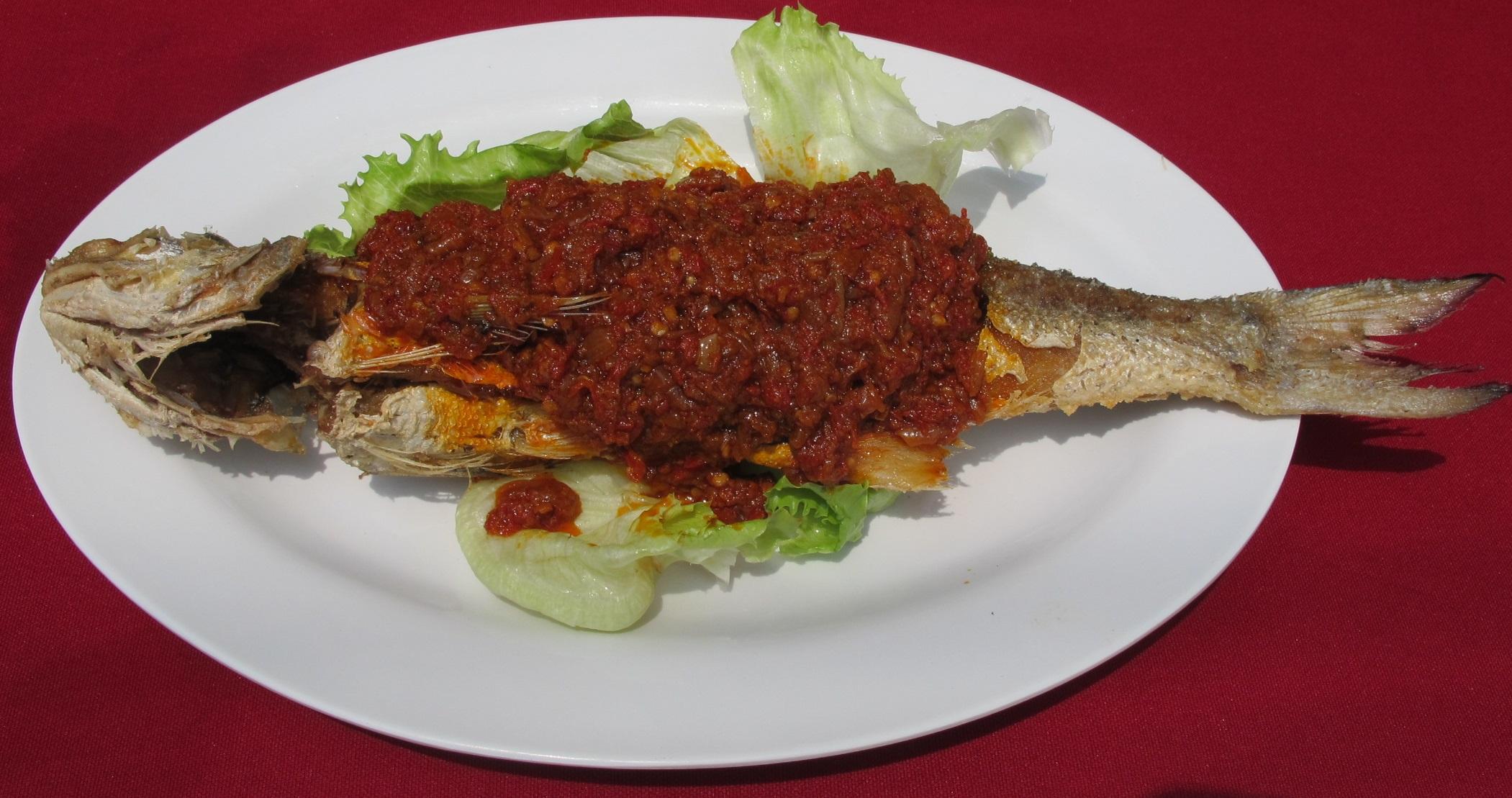 Seafood--Cili-garam-fish-2
